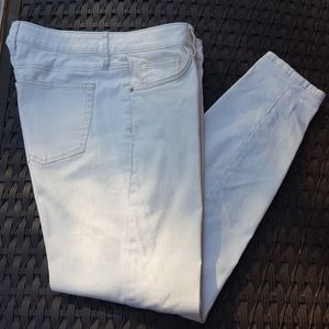 TOMMY BAHAMA NATURAL COLOR JEANS